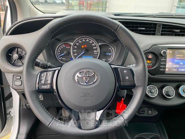 Toyota YARIS 70 VVT-i France 5p MY19 Blanc Pur Occasion - 9
