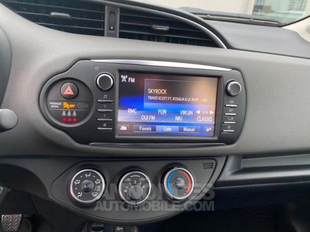 Toyota YARIS 70 VVT-i France 5p MY19 Blanc Pur Occasion - 10