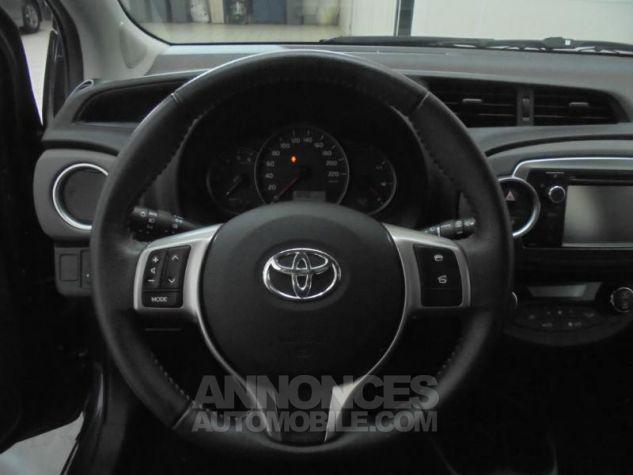 Toyota YARIS 90 D-4D Dynamic 5p POURPRE Occasion - 14