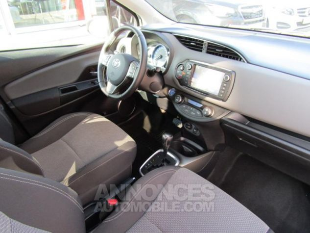 Toyota YARIS HSD 100h Attitude 5p BLANC PUR Occasion - 9