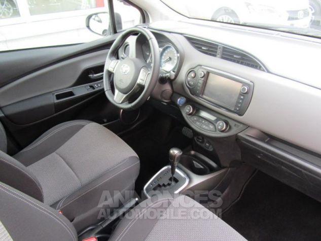 Toyota YARIS HSD 100h Attitude 5p Blanc Occasion - 10