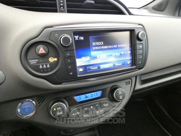 Toyota YARIS HSD 100h Collection 5p GRIS MOYEN Occasion - 10
