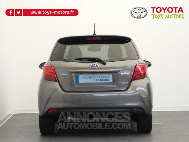 Toyota YARIS HSD 100h Collection 5p GRIS MOYEN Occasion - 14