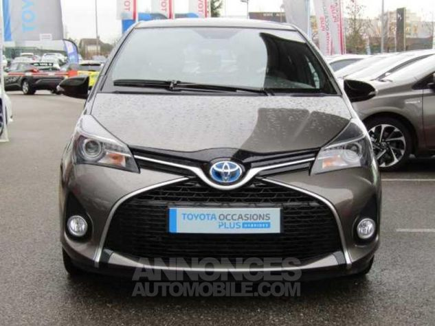 Toyota YARIS HSD 100h Collection 5p Gris Clair Occasion - 1