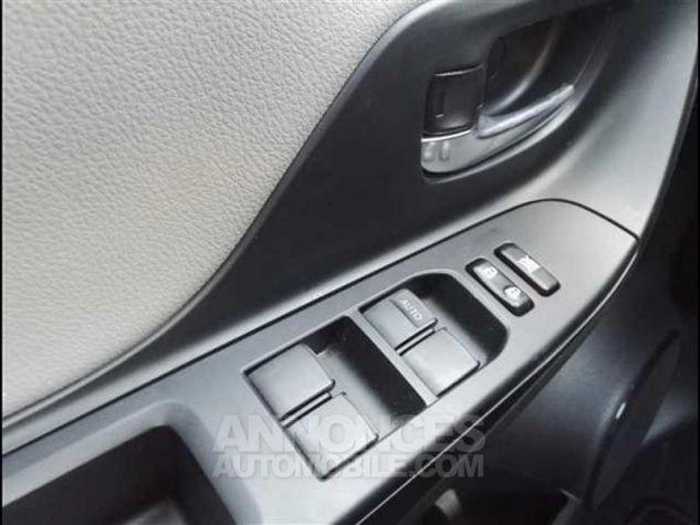 Toyota YARIS HSD 100h Collection 5p Gris Moyen Métallisé Occasion - 15