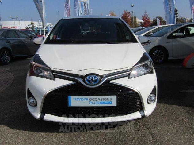 Toyota YARIS HSD 100h Design 5p BLANC PUR Occasion - 1