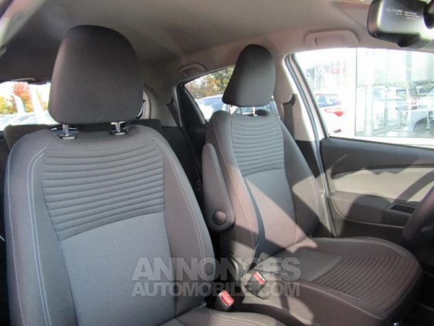 Toyota YARIS HSD 100h Design 5p BLANC PUR Occasion - 3