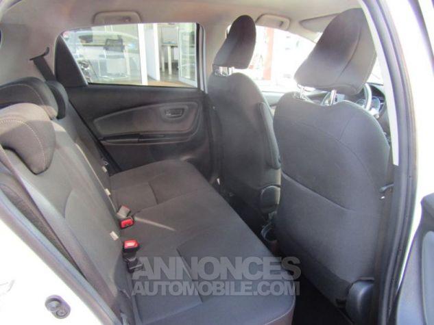 Toyota YARIS HSD 100h Design 5p BLANC PUR Occasion - 6