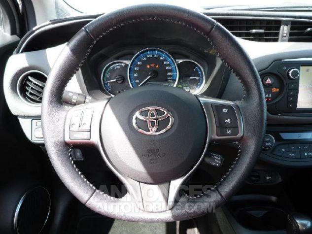 Toyota YARIS HSD 100h Dynamic 5p GRIS DUNE Occasion - 6