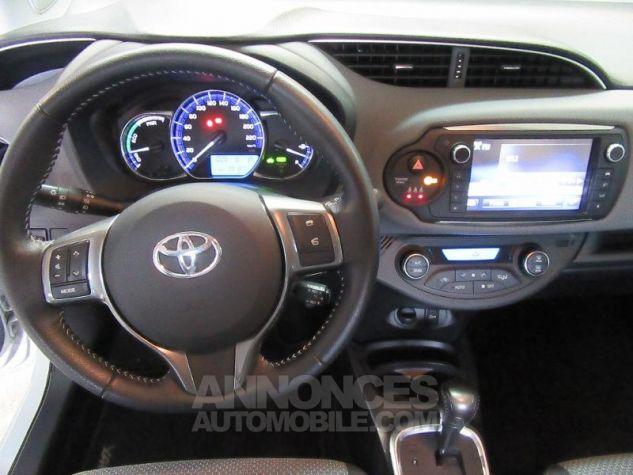Toyota YARIS HSD 100h Dynamic 5p BLANC Occasion - 8