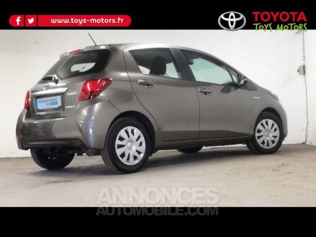 Toyota YARIS HSD 100h Dynamic 5p Gris Occasion - 1