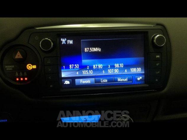 Toyota YARIS HSD 100h Dynamic 5p Gris Occasion - 7