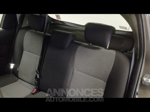 Toyota YARIS HSD 100h Dynamic 5p Gris Occasion - 10