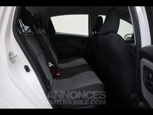 Toyota YARIS HSD 100h Dynamic 5p BLANC Occasion - 19