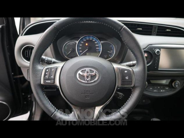 Toyota YARIS HSD 100h Dynamic 5p NOIRE Occasion - 16