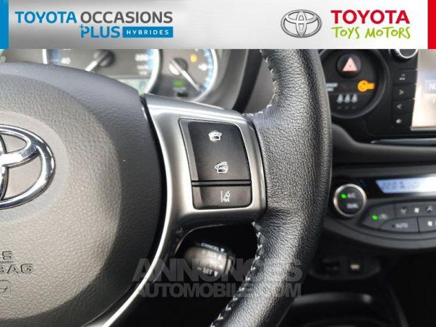 Toyota YARIS HSD 100h Dynamic 5p Blanc Nacre Occasion - 9