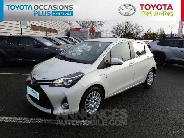 Toyota YARIS HSD 100h Dynamic 5p Blanc Nacre Occasion - 17