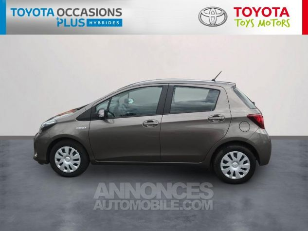 Toyota YARIS HSD 100h Dynamic 5p Gris Clair Occasion - 2