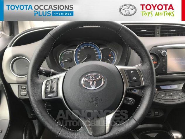 Toyota YARIS HSD 100h Dynamic 5p Gris Clair Occasion - 5