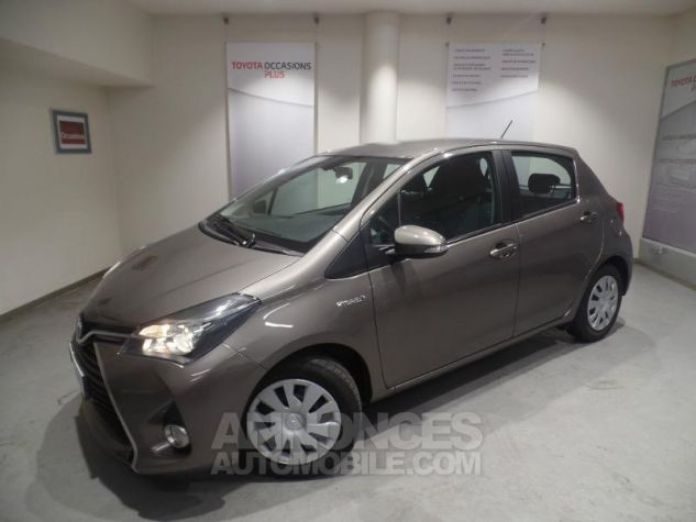 Toyota YARIS HSD 100h Dynamic 5p GRIS Occasion - 13