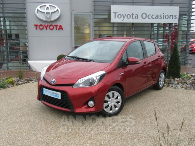 Toyota YARIS HSD 100h Dynamic 5p ROUGE Occasion - 0