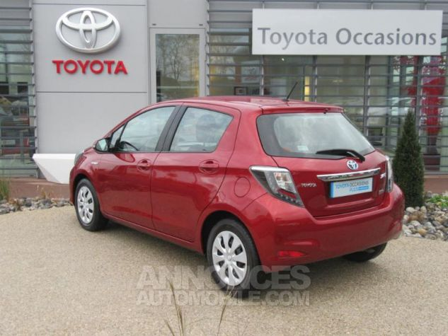 Toyota YARIS HSD 100h Dynamic 5p ROUGE Occasion - 2