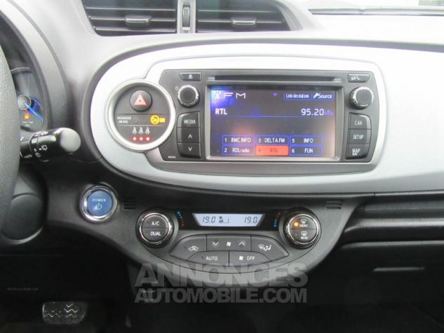 Toyota YARIS HSD 100h Dynamic 5p ROUGE Occasion - 7