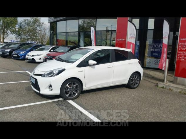 Toyota YARIS HSD 100h Graphic 5p Blanc Occasion - 1