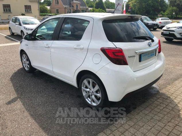 Toyota YARIS HSD 100h Style 5p Blanc Occasion - 3