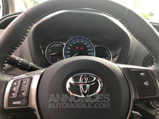 Toyota YARIS HSD 100h Style 5p Blanc Occasion - 15