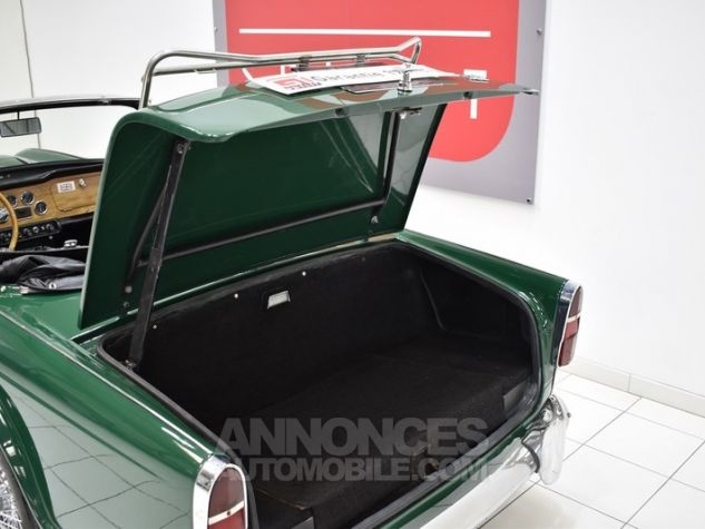 Triumph TR4 A IRS Overdrive British Racing Green Occasion - 16