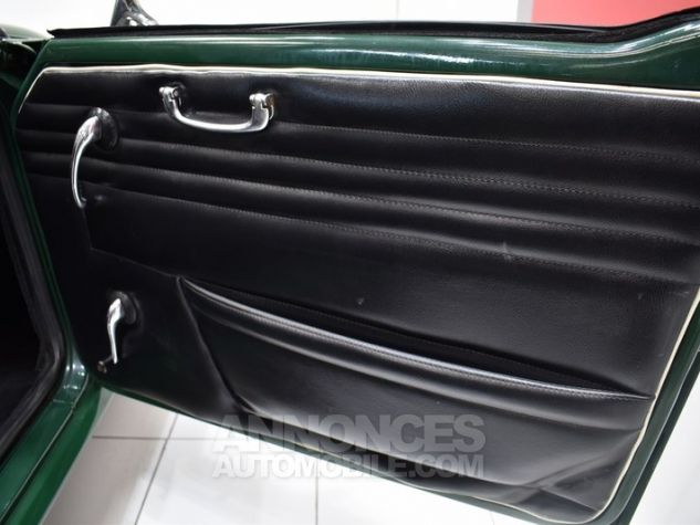 Triumph TR4 A IRS Overdrive British Racing Green Occasion - 29