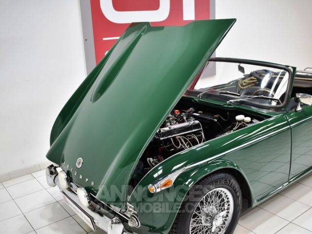 Triumph TR4 A IRS Overdrive British Racing Green Occasion - 38