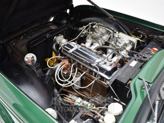 Triumph TR4 A IRS Overdrive British Racing Green Occasion - 40