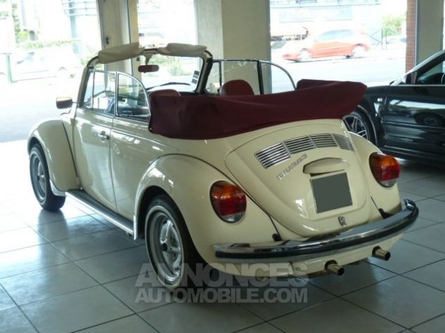 coccinelle cabriolet 1303