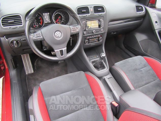 Volkswagen Golf VI CABRIOLET 1.2 TSI 105CH CARAT BLUEMOTION TECHNOLOGY Rouge Occasion - 1