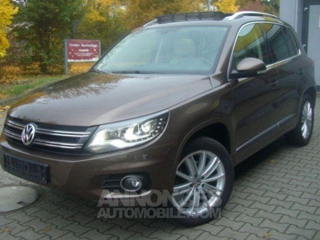 Volkswagen Tiguan Sport & Style CUP 4-Motion 2.0 TDI 140 ch DSG  brun métal Occasion - 2
