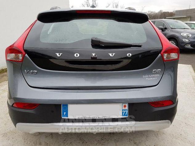 Volvo V40 D2 120ch Summum 714 Gris Osmium Métal Occasion - 14