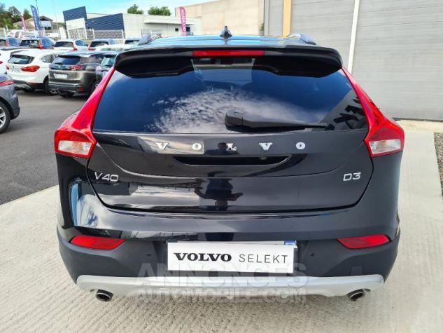 Volvo V40 D3 150ch Översta Edition Geartronic Noir Occasion - 8