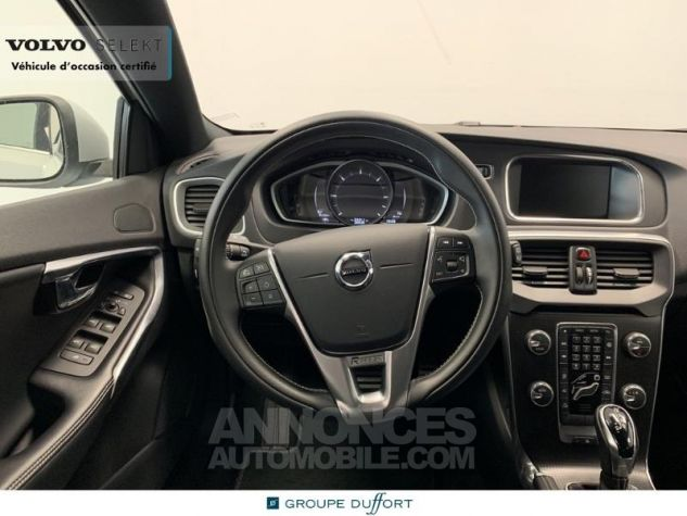 Volvo V40 D3 150ch R-Design Geartronic Blanc Glace 614 Occasion - 2