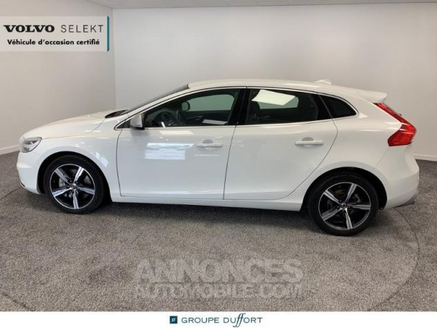 Volvo V40 D3 150ch R-Design Geartronic Blanc Glace 614 Occasion - 4