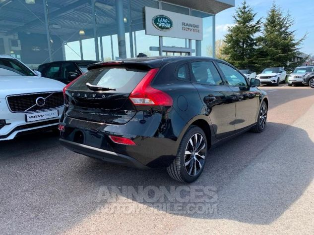 Volvo V40 T2 122ch Signature Edition Geartronic NOIR ONYX Neuf - 2