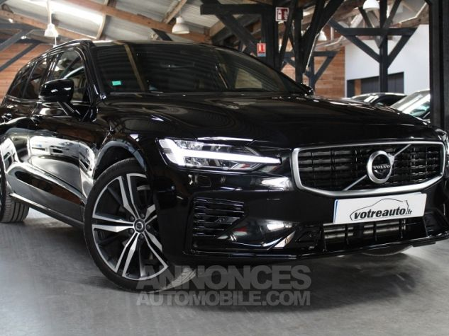 Volvo V60 (2E GENERATION) II T8 390 TWIN ENGINE R-DESIGN GEARTRONIC 8 Noir Occasion - 0