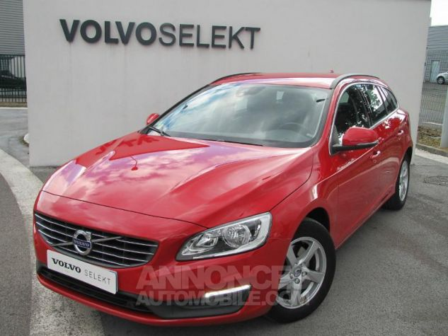 Volvo V60 D2 120ch Momentum Rouge passion Occasion - 0