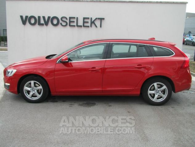 Volvo V60 D2 120ch Momentum Rouge passion Occasion - 2