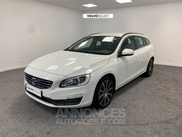 Volvo V60 D3 150ch  Blanc Glace 614 Occasion - 0