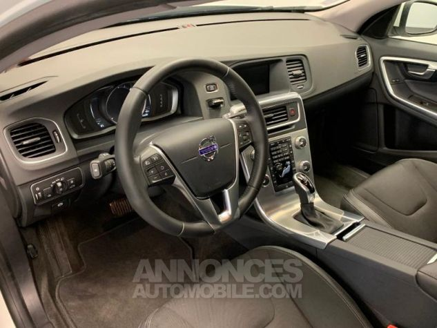 Volvo V60 D3 150ch  Blanc Glace 614 Occasion - 3
