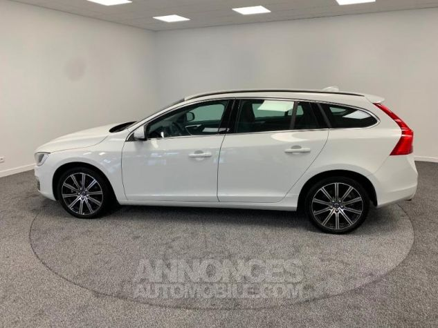 Volvo V60 D3 150ch  Blanc Glace 614 Occasion - 6