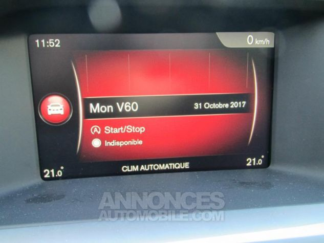 Volvo V60 D3 150ch Summum Geartronic Bleu magique perle 467 Occasion - 10