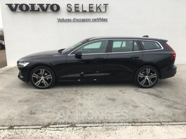 Volvo V60 D4 190ch AdBlue Inscription Luxe Geartronic Noir Onyx Occasion - 1